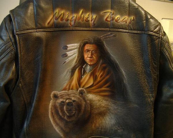 Airbrush auf Leder und tShirt leinwand jacken airbrush portraits auf tshirts