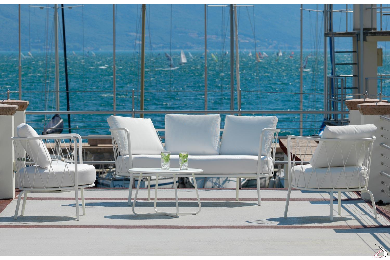 Outsunny set mobili da giardino divanetto con 2 poltroncine e tavolino in pe rattan nero e bianco. Desiree 3 Seater Outdoor Sofa Toparredi