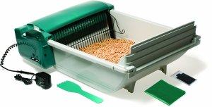 8. Pet Zone Smart Scoop Automatic Litter Box