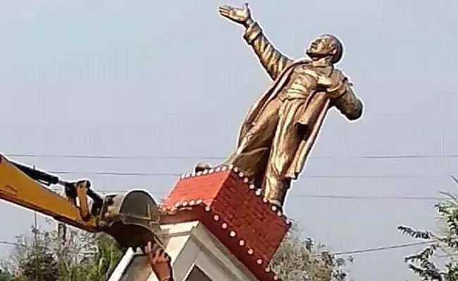 Lenin Statue in Tripura brought down by protestors