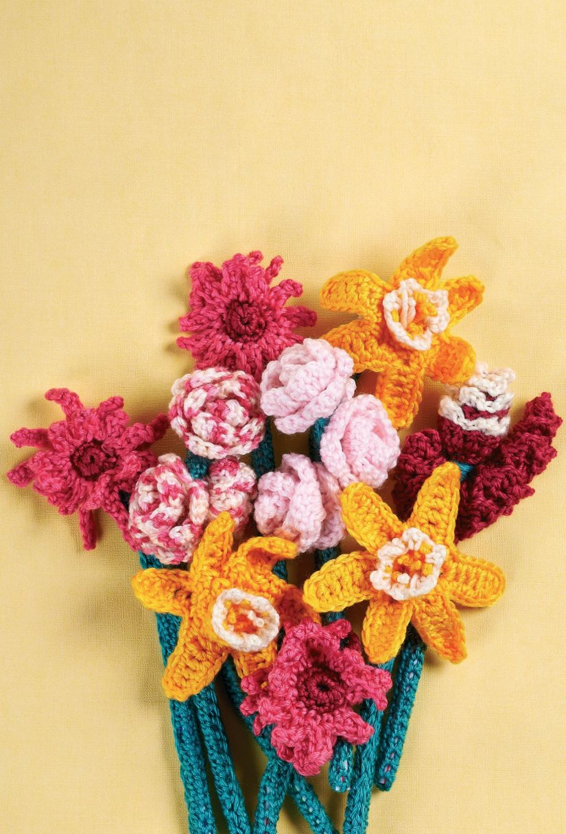 Top Crochet Patterns  Crochet flower bouquet