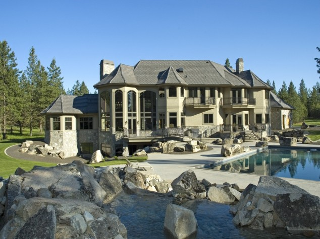 24 Houses of Our Dreams