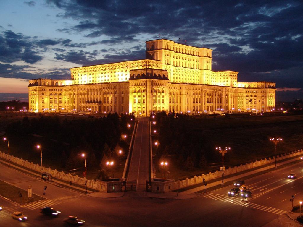Worlds Most Impressive Buildings