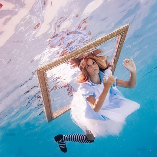 10 Creative Photography People Underwater