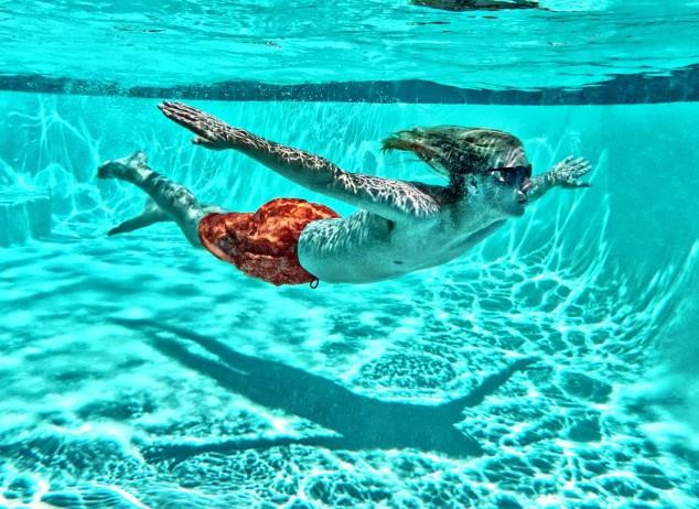 diy living room buy a set 10 creative photography - people underwater