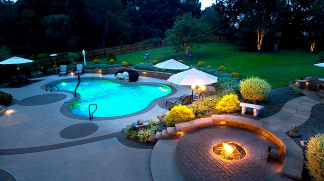 Poolside Decorating Ideas