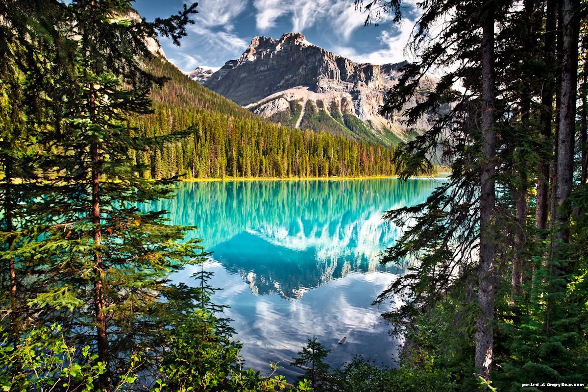 15 Beautiful Mountain Lakes Photos