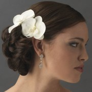 floral bride hairstyle