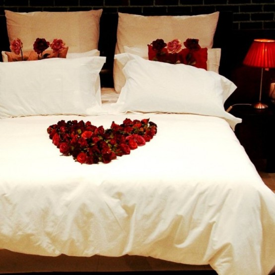 Romantic Valentines Day Bedroom Decorations