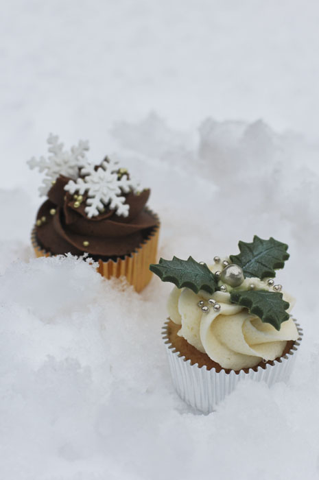 15 Creative And Delicious Christmas Cupcakes