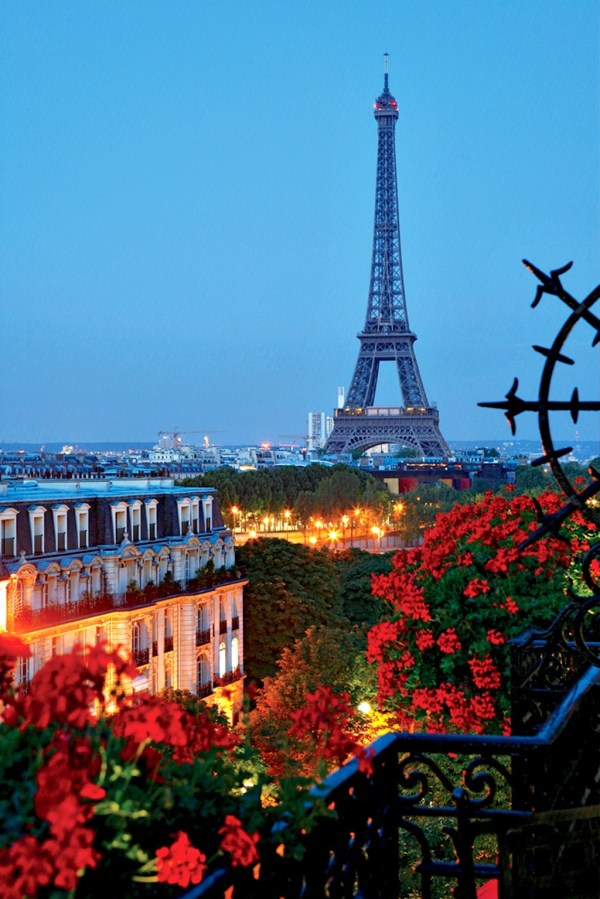Summer-night-paris-france - Top Dreamer