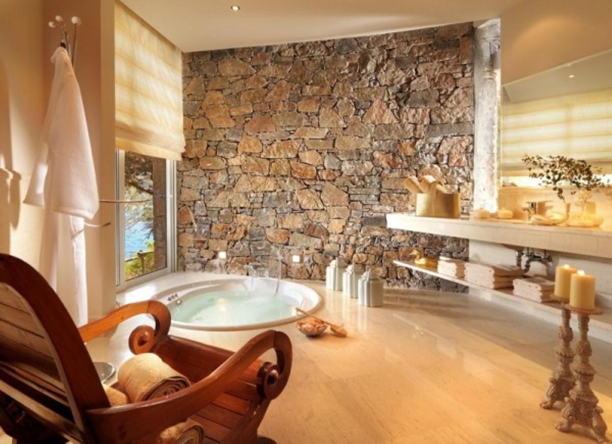 Cozy Bathroom Designs With Stone Walls