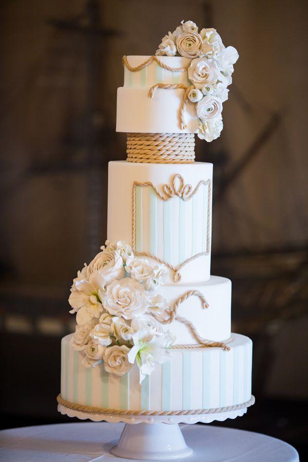 15 Beautiful Spring Wedding Cake Designs