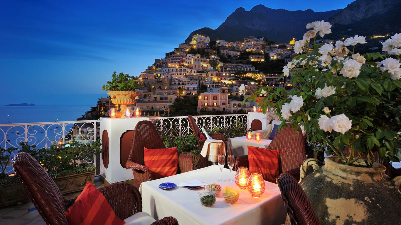 Top 10 Hotels Around the World With The Most Beautiful Views