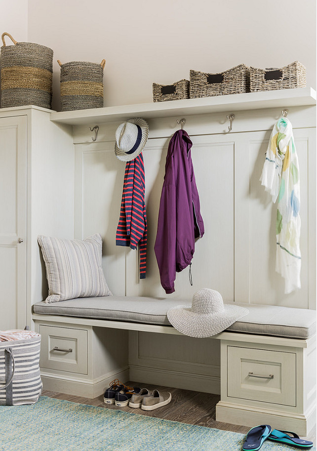Practical Mudroom Designs That Will Fascinate You