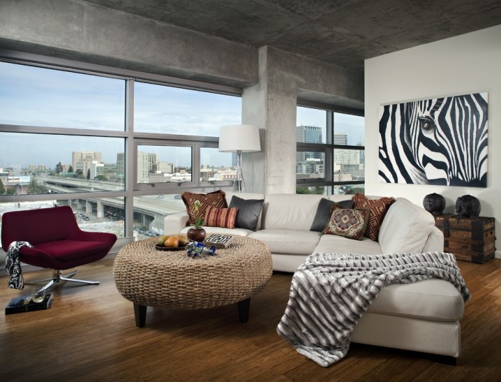 Inside this intimate space, which represents the personal space for many people, we are free to fully appreciate the unique designs behind zebra print and especially zebra bedding. Dramatic Zebra Living Room Decoration Ideas