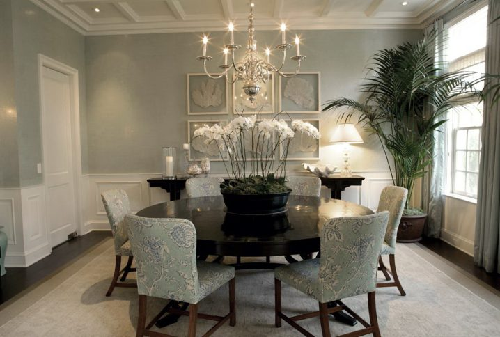 living room with accent chairs armless slipper chair covers 15 of the best shabby chic dining rooms you have ever seen