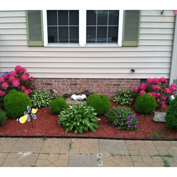 outstanding red mulch landscaping