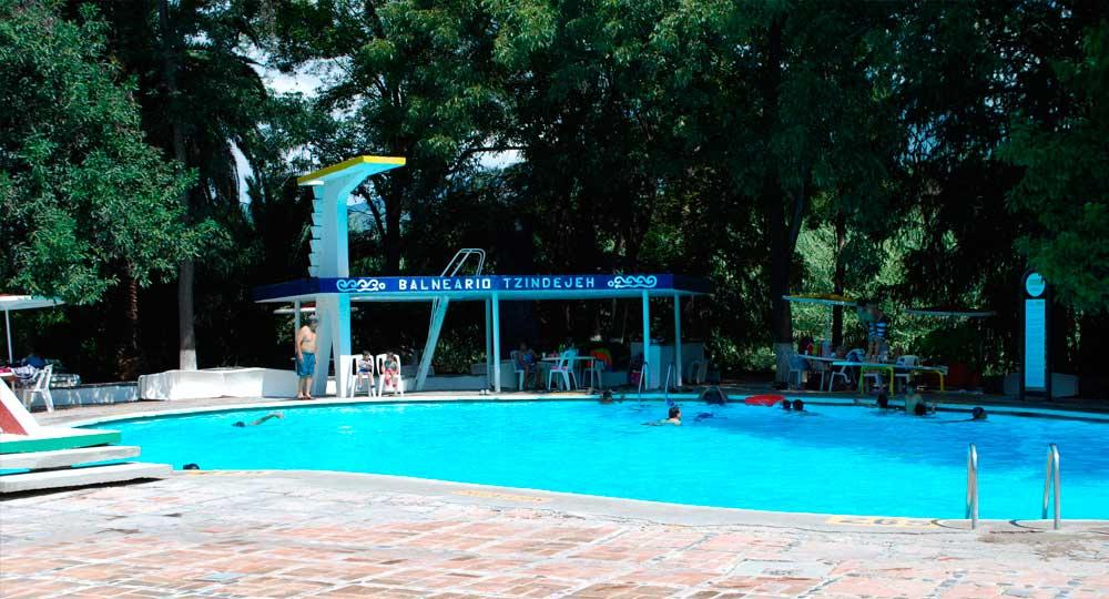 Balneario Tzindejeh  Balnearios en Hidalgo