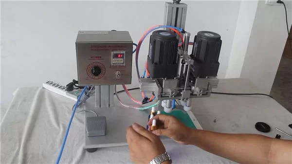 Produttore di macchine automatiche pneumatiche di copertura automatica completa