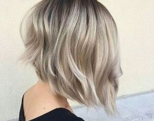 Short Bob Haircut 2018 9