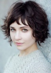 Short Hair For Round Faces 23
