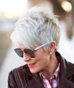 Short Haircuts For Older Women 2018 23