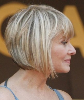 Short Hairstyles For Older Women 2018 9