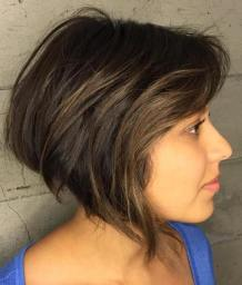 Short Hairstyles For Round Faces 10