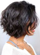 Short Hairstyles For Thick Hair 2018 24