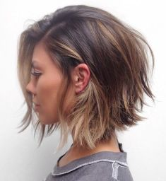 Short Messy Hairstyles 2018 13