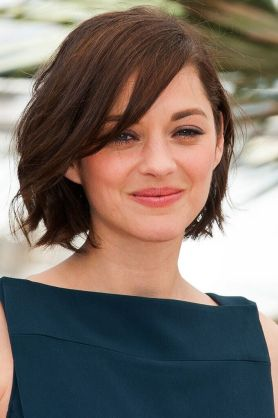Short Haircuts For Round Face Shape 29