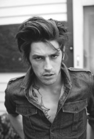 Hairstyles For Long Hair Men 12