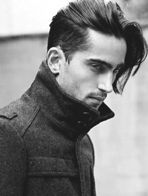 Hairstyles For Long Hair Men 27