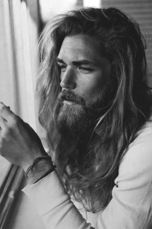 Hairstyles For Long Hair Men 32