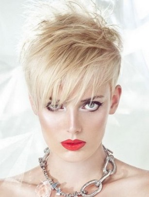 Very Short Female Hairstyles 19
