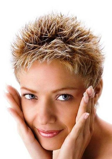 Very Short Female Hairstyles 23