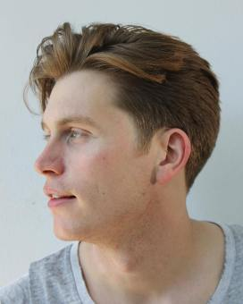 Hayden Cassidy Taper Haircut Textured Hairstyles For Men Blow Dryer