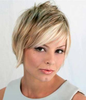 Short Haircut For Round Faces
