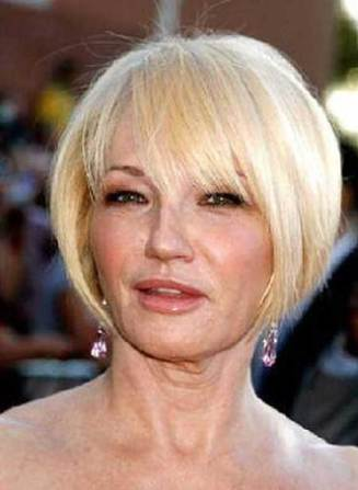 Short Blonde Hairstyles Over 50