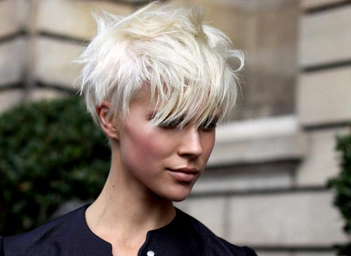 Undercut Hairstyle Women Short Hair1
