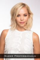 Short Hairstyle With Choppy Layers And Waves