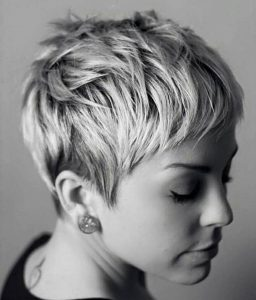 30 Pixie Haircut Thelateststyle Min