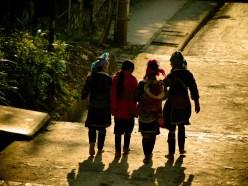 Les hmongs partent au boulot