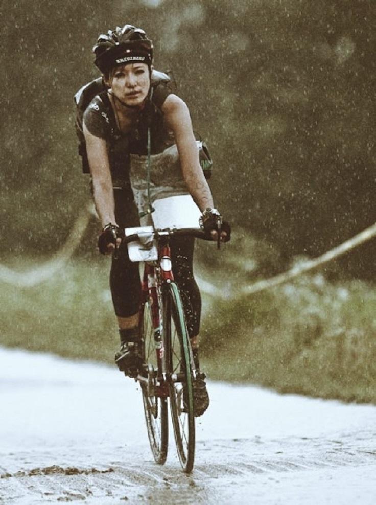 Wallpaper Of Sad Girl In Rain Top 10 Reasons To Ride A Bike Top Inspired
