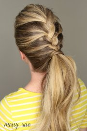 beautiful and easy ponytail
