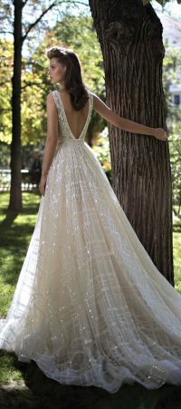 Top 10 Best And Most Popular Wedding Dresses for 2016