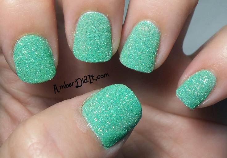 10 super easy glittery nail art ideas crazyforus 10 super easy glittery nail art ideas prinsesfo Image collections