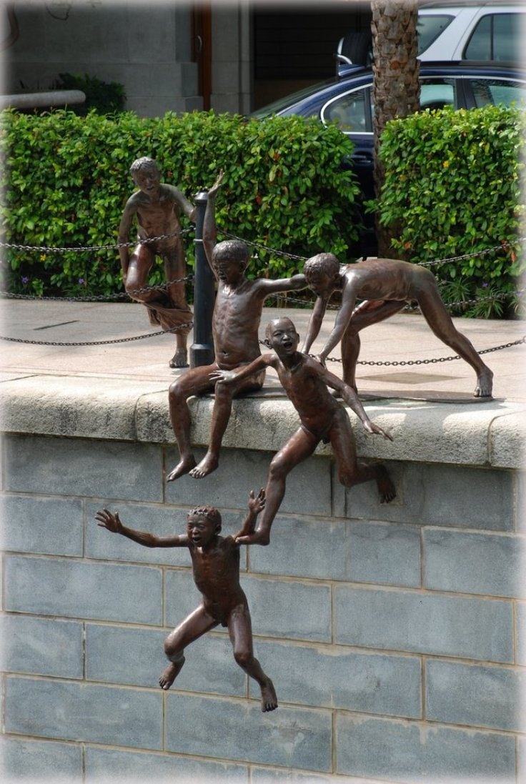 Top 10 Most Amazing Sculptures from Around The World  Top