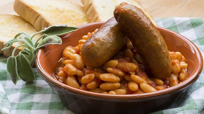 I fagioli alluccelletto una ricetta tipicamente toscana